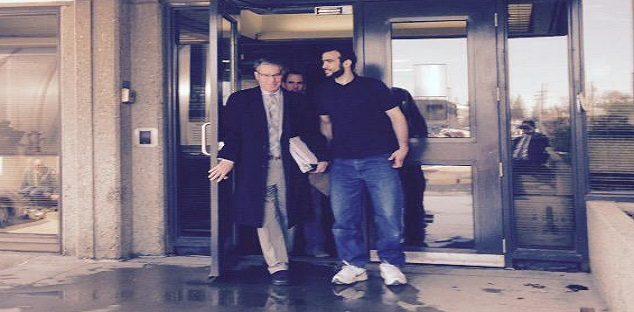 More than 100,000 sign petition opposing Omar Khadr settlement