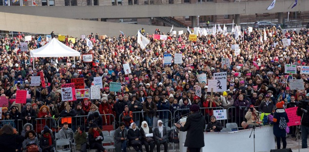 Hundreds brave the cold for Toronto women's march