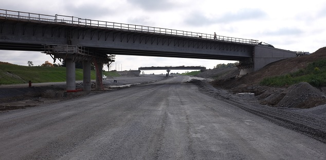Highway 418 construction causing lane restrictions on 401