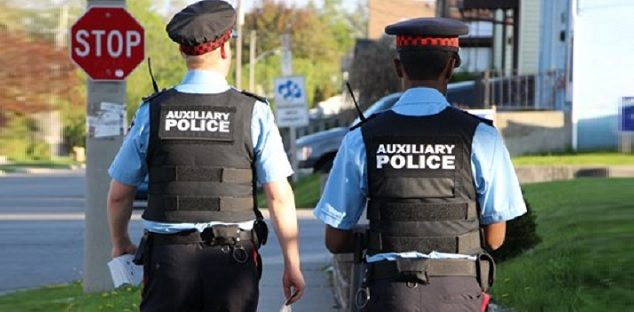 Durham police canvassing Whitby neighbourhood to talk with
