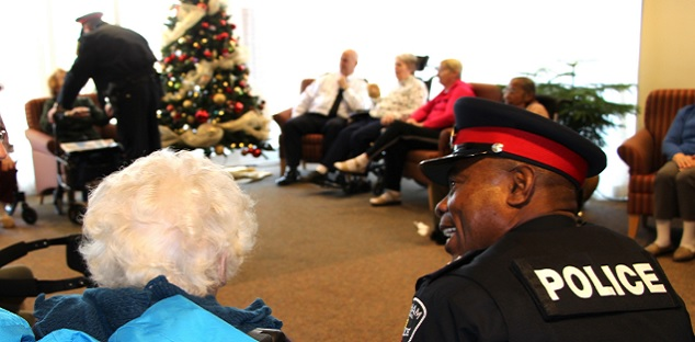 Durham officers spreading holiday cheer to seniors