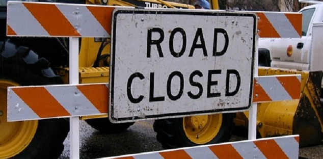 Part of Bayly Street closed in Pickering due to watermain break - durhamradionews.com