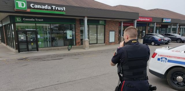 One arrested after bank robbery in Oshawa   Durham Radio News